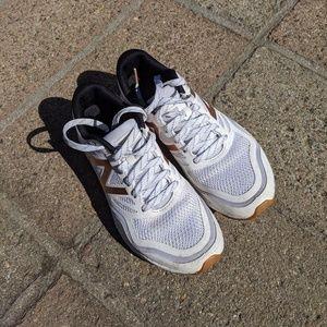 { New Balance } Gobi Trail Running Shoes Rose Gold